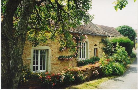 Images vieilles maisons page 3 for Vieille maison en pierre
